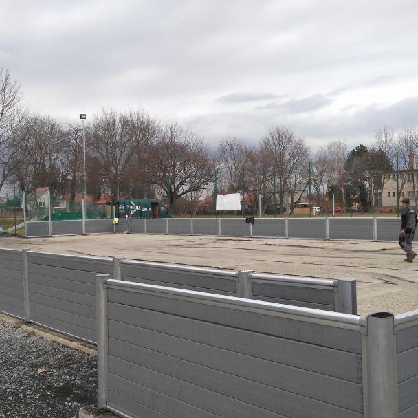 Rekonštrukcia multifunkčného ihriska - realizované s finančnou podporou Úradu vlády Slovenskej republiky- program Podpora rozvoja športu na rok 2018 - 2019