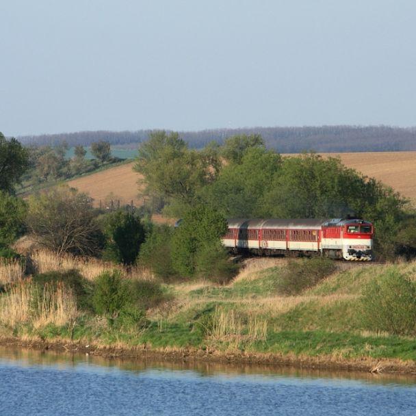 Vlaky a železnica